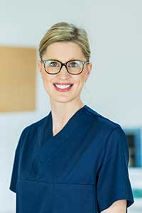 Regina Wagner, Zahnärztin